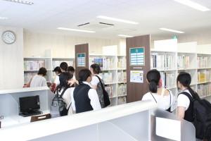 図書室見学1